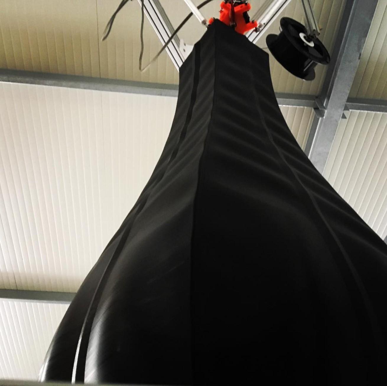 Big 3D prints: XXL Vase, eine Bahn, 0,8 mm Düse, 1,40 m groß, Druckzeit: ca 18 Stunden