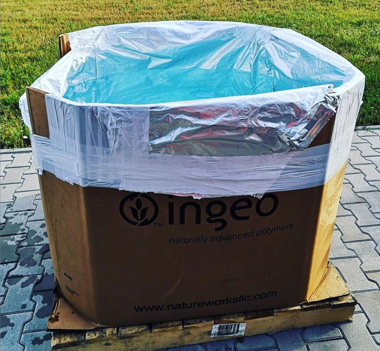 Endlich eine guten Nutzen für die PLA Granulatboxen gefunden. 38°C heute, wir sind bereit ;)